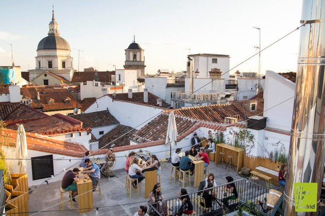 the-hat-rooftop-madrid
